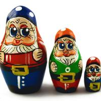 Dwarves nesting dolls