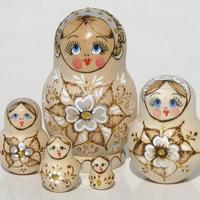 Flower style nesting dolls