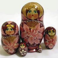 Maple leaf matryoshka