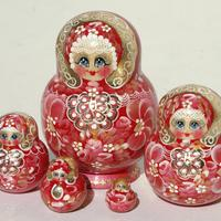 Stacking dolls for kids