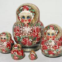 Red babushkas doll