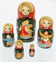 Couple matryoshka