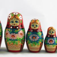 Matryoshka con fiori