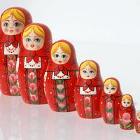 Red matryoshka nukke
