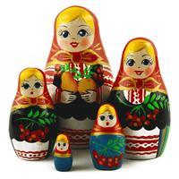 Куклы из красной смородины