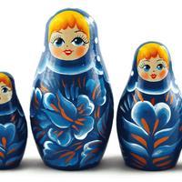 青いドレスの人形