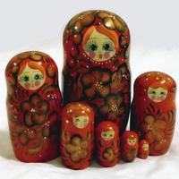Matryoshka flores vermelhas