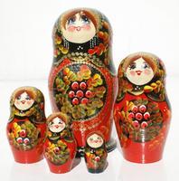 Красный куклы