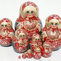 赤いバブーシュカ人形