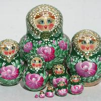 Green stacking dolls