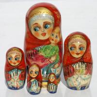 Ξύλινες κούκλες matryoshka