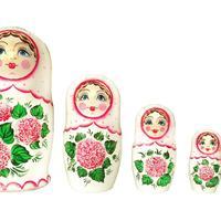 Rose blanche matryoshka